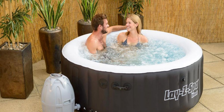Bestway-Lay-Z-Spa-Miami-Inflatable-Hot-Tub